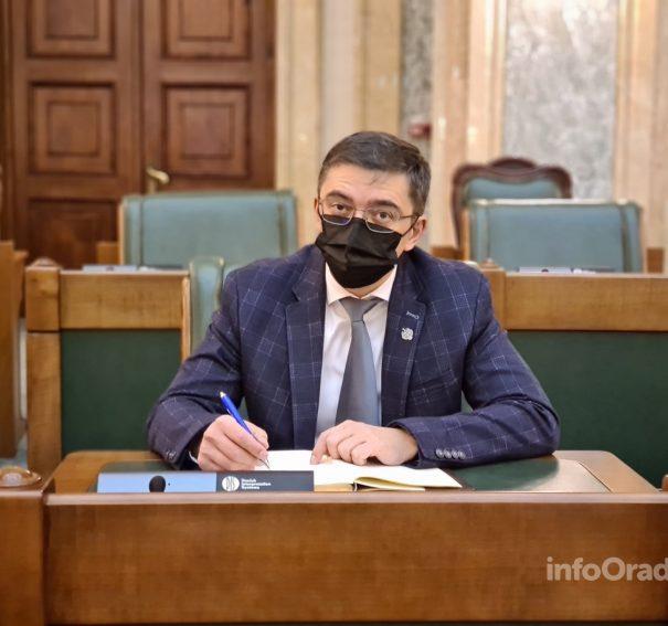 Senatorul Adrian Hatos – Inițiativă legislativă depusă în Parlament: crearea Calendarului de popularizare a științei