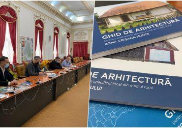 Ghidul de construire în zona montană dezbatut cu un grup de arhitecti ai Ordinului Arhitectilor din Romania si ai facultatii de Arhitectura din Oradea