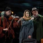 """In data de 27 martie de la ora 18, spectatorii vor avea ocazia de a urmări înregistrarea spectacolului """"Occident Express"""" produs de Teatrul Szigligeti Oradea."""