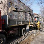 Continua reabilitarea strazii Sovata, dincolo de sensul giratoriu de la Podul Carol
