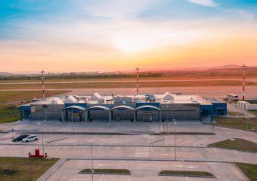Proiect de modernizare a Aeroportului Oradea. Bolojan vrea sa aduca la Oradea avioane  Boeing 737 seria 800 si Airbus A320