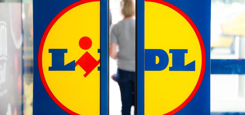 Lidl România le oferă și în 2021 tuturor angajaților din magazine 2 zile libere de Paște. Duminica si luni magazinele Lidl sunt inchise