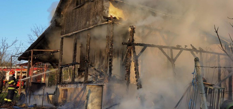 Trei incendii provocate de cosurile de fum in judetul Bihor, in acest weekend