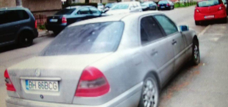 Mercedes abandonat in Oradea, ridicat de Politia Locala. In 10 zile masina intra in proprietatea primariei daca nu este revendicata