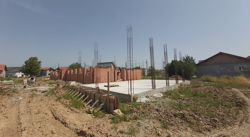 Asociatia Caritas Eparhial a demarat constructia unei gradinite in Cartierul Tineretului din Oradea.