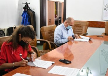 A fost semnat contractul pentru Terminalul Cargo de la Aeroportul Oradea. Investitia CTP Romania, de 32 mil de euro se va face in 3 etape pe durata a doi ani