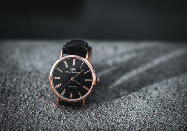 Un ceas îți îmbunătățește instantaneu stilul personal