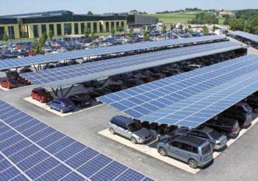 O centrală electrică fotovoltaică va fi construită in parcarea noii Sali Polivalente din Oradea