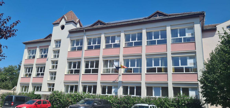 Inca o scoala reabilitata si modernizata in Oradea. Școala Gimnazială Dacia își va deschide porțile pentru elevi sub o nouă înfățișare