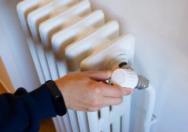 Incepand de marti, 12 octombrie, Termoficare Oradea va furniza caldura in calorifere. Care sunt punctele termice prioritare